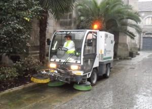 foto limpeza viaria1