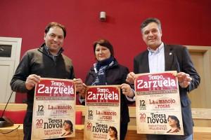Copia de Teresa Novoa flanqueada polo alcalde e o concelleiro de Cultura na presentación do ciclo de zarzuela