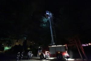 os bombeiros en pleno labor