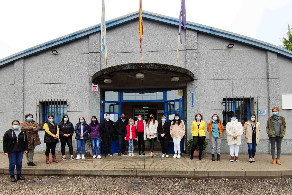 15 mulleres participan nun itinerario formativo para o emprego en colaboración con Cruz Vermella e Smurfit Kappa