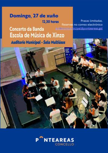 A Banda da Escola de Música de Xinzo, en concerto no auditorio municipal de Ponteareas