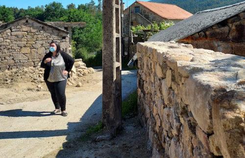 As obras de ensanche e mellora da vía A Cova-Cañoteira chega á súa recta final