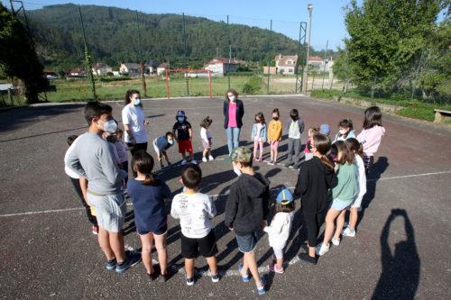 Arredor de 125 nenos e nenas gozan xa dun verán cheo de actividades no Campus Tea e no Verán Rural