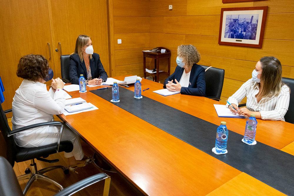 Ponteareas reúnese coa Xunta para que asuma as súas responsabilidades de política social no municipio